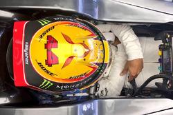 Льюіс Хемілтон, Mercedes AMG F1 F1 W08 та лого #BillyWhizz