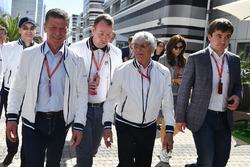 Dmitry Kozak, Viceprimer Ministro de la Federación de Rusia, Bernie Ecclestone, Sergey Vorobyev, Sochi Autodrom Subdirector General