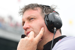 Piers Phillips, general manager Schmidt Peterson Motorsports