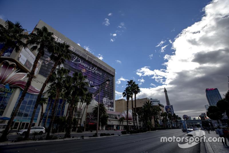 Escena de la calle de las Vegas el Hotel Flamingo