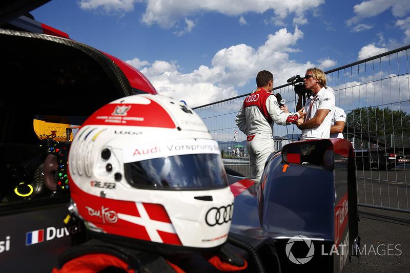 Шолом Тома Крістенсена на його Audi R18