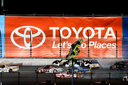 "Crash: ""Big One"" mit Matt Crafton, ThorSport Racing, Toyota"
