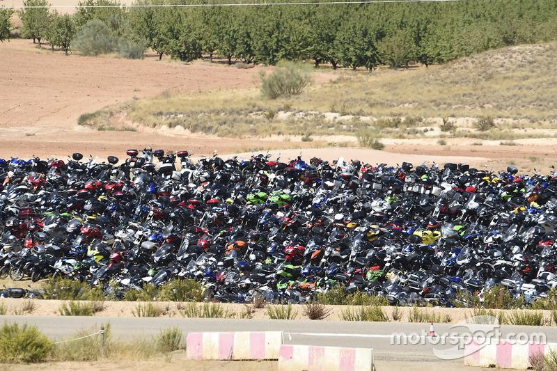 موقف الدراجات