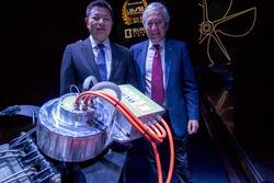 Chongjie Xin and Dario Calzavara