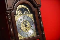 The famous Martinsville grandfather clock