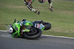 Choque de Kenan Sofuoglu, Kawasaki Puccetti Racing