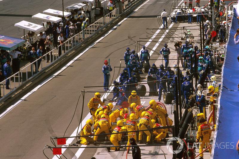 El Jordan y equipo Stewart  pitstop