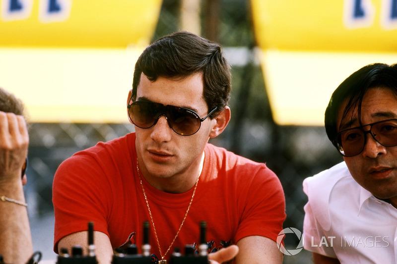 Ayrton Senna, Williams FW34 Lotus, Osamu Goto, Honda Racing Team Leader