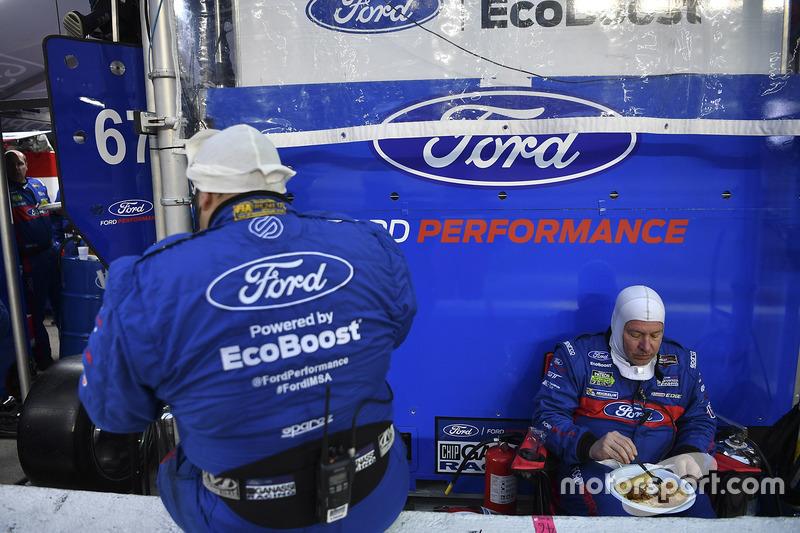 Ford Performance Chip Ganassi Racing cenando