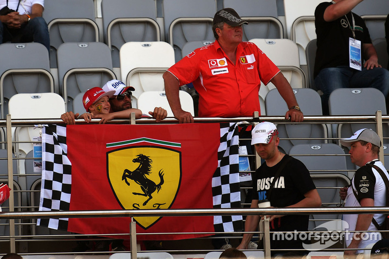 Ferrari fans and banner