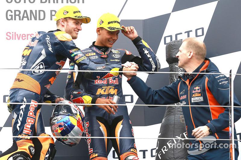 Podium: race winner Brad Binder, Red Bull KTM Ajo, second place Francesco Bagnaia, Aspar Team Mahindra, third place Bo Bendsneyder, Red Bull KTM Ajo