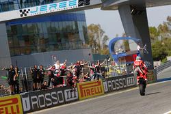 Переможець недільної гонки Чаз Девіс, Ducati Team