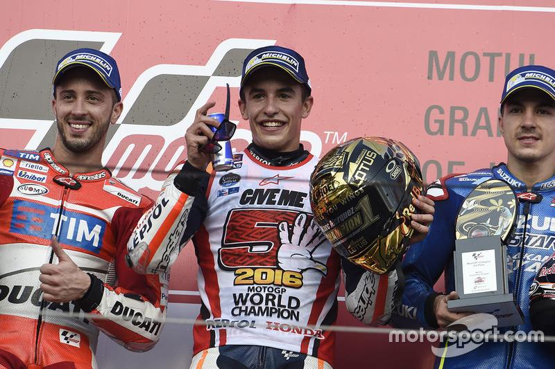 Podium: race winner Marc Marquez, Repsol Honda Team, second place Andrea Dovizioso, Ducati Team, third place Maverick Viñales, Team Suzuki Ecstar MotoGP