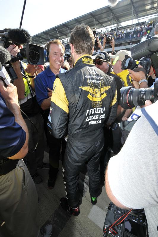 Pole-Position fürJames Hinchcliffe, Schmidt Peterson Motorsports, Honda