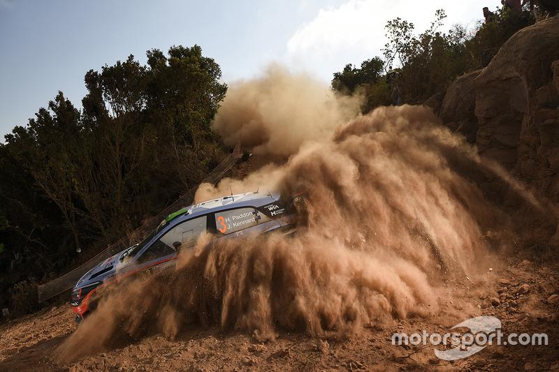 #4: Spektakulärer Drift von Hayden Paddon bei der Rallye Italien