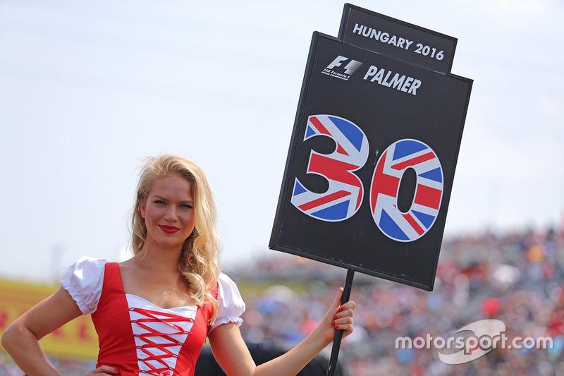 Gridgirl für Jolyon Palmer, Renault Sport F1 Team