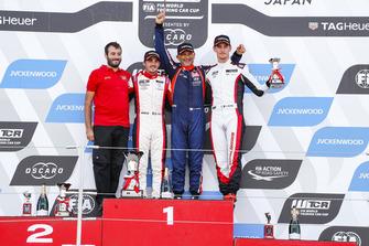 Podio: Ganador, Gabriele Tarquini, BRC Racing Team Hyundai i30 N TCR, segundo, Aurélien Comte, DG Sport Competition Peugeot 308TCR, tercero, Kevin Ceccon, Team Mulsanne Alfa Romeo Giulietta TCR