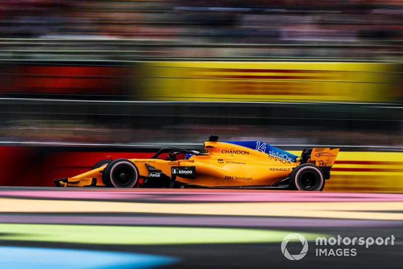 В McLaren подбадривают Алонсо, как умеют. Даже после того, как он первым установил зачетное время в третьей тренировке