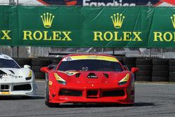 #190 Ferrari Westlake Ferrari 488: Oscar Arroyo