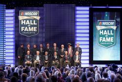 Membri della NASCAR Hall of Fame in posa per una foto