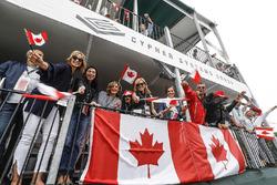 Fans mit Flagge von Kanada