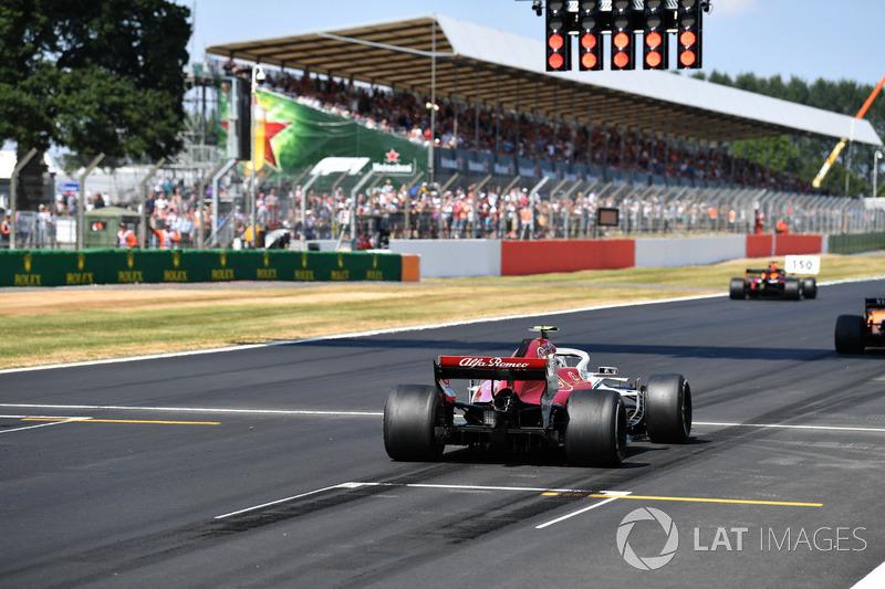 Charles Leclerc, Sauber C37 fait des essais de départ
