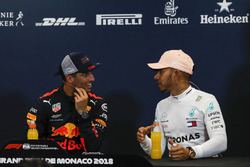 Daniel Ricciardo, Red Bull Racing and Lewis Hamilton, Mercedes-AMG F1 in the Press Conference