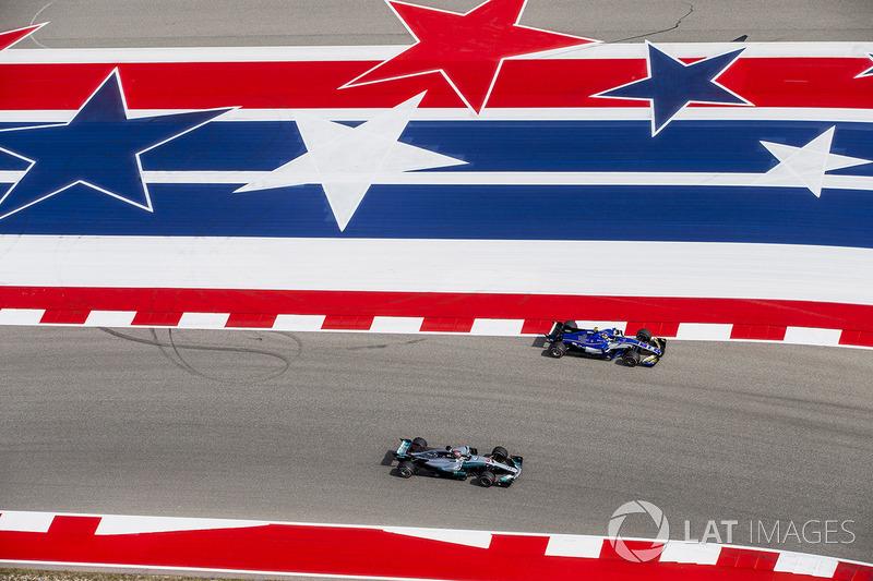 Lewis Hamilton, Mercedes AMG F1 W08, double Pascal Wehrlein, Sauber C36