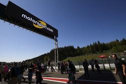Motorsport.com signage