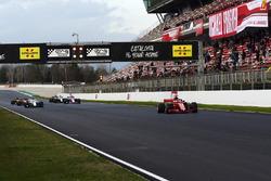 Sebastian Vettel, Ferrari SF71H and practice starts