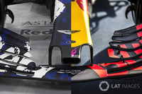 Red Bull RB 13 vs. RB 14 Front Wing Comparison
