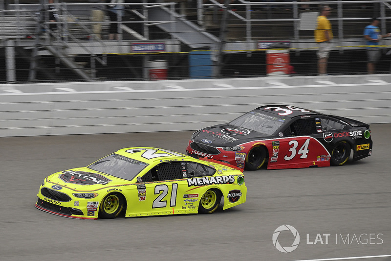 Paul Menard, Wood Brothers Racing, Ford Fusion Menards / Jack Links and Michael McDowell, Front Row Motorsports, Ford Fusion Love's Travel Stops
