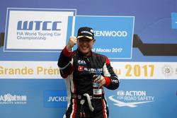 Podio: Ganador de la carrera Rob Huff, All-Inkl Motorsport, Citroën C-Elysée WTCC