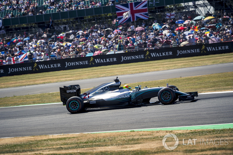 Mercedes-Benz F1 W07 Hybrid at Silverstone 70th Anniversary Parade