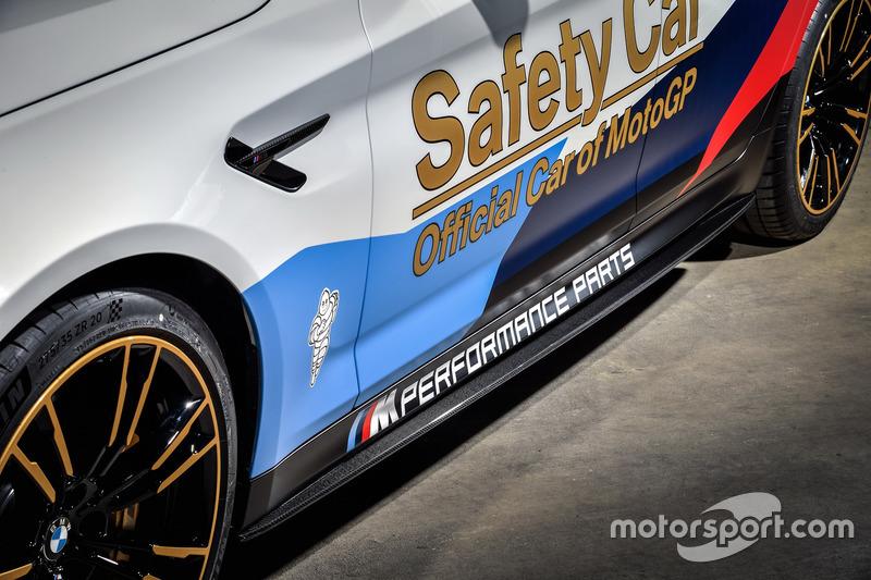 Автомобіль безпеки BMW M5 MotoGP