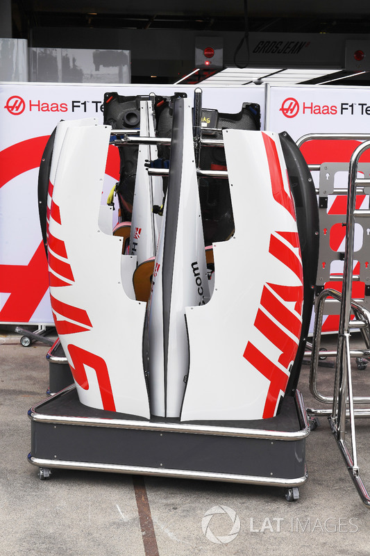 Haas F1 Team VF-18 bodywork