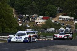 Ханс-Йоахим Штук, Porsche 956 C, и Тимо Бернхард, Porsche 919 Hybrid Evo