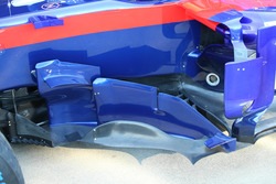 Dettaglio della fiancata della Toro Rosso STR13