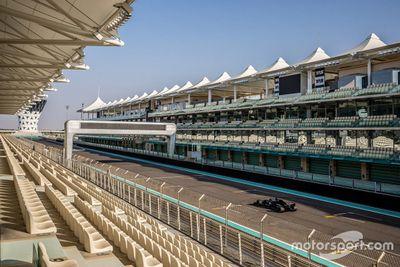 Alonso Renault Abu Dhabi testing