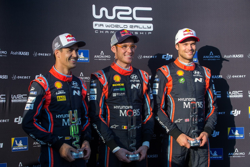 Dani Sordo, Hyundai Motorsport, Thierry Neuville, Hyundai Motorsport, Andreas Mikkelsen, Hyundai Motorsport