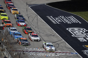 Kurt Busch, Stewart-Haas Racing, Ford Fusion State Water Heaters, Kevin Harvick, Stewart-Haas Racing, Ford Fusion Mobil 1