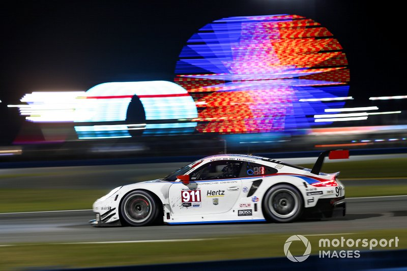 5. #911 Porsche GT Team Porsche 911 RSR, GTLM: Patrick Pilet, Nick Tandy, Frederic Makowiecki
