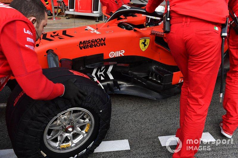 Ferrari SF90 detalle del bargeboard