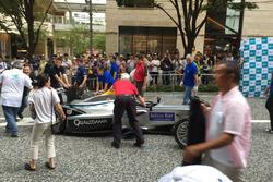 La Spark-Renault SRT_01E per le strade di Tokyo