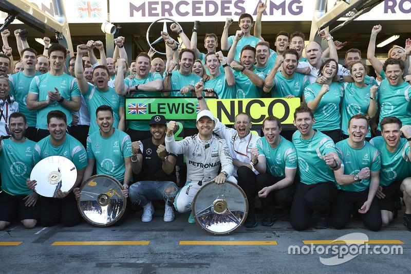 Mercedes arrancaba el año con doblete en Australia