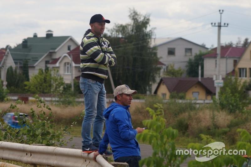 Володимир Апостолюк, Сергій Скок