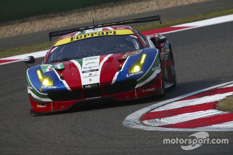 El Ferrari #71 de Davide Rigon y Sam Bird