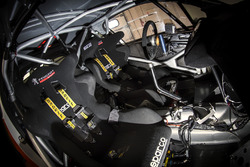 Orange1 Racing, Peugeot 208 T5 R16, abitacolo