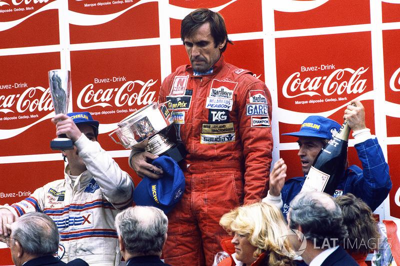 Podyum: Yarış galibi Carlos Reutemann, Williams, 2. Jacques Laffite, Talbot Ligier Matra, 3. Nigel M