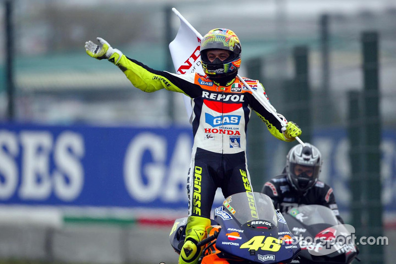 Winner Valentino Rossi, Repsol Honda Team celebrates